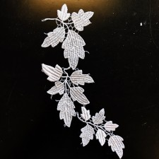 Acorn Leaf White