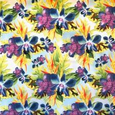 Blålilla blomster på Pale turquoise bund